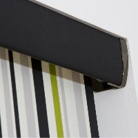 Add a contrasting coloured pelmet to make your blind stand out from the crowd